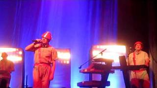 Devo, Snowball, Live in Concert, Nov. 2009, San Francisco