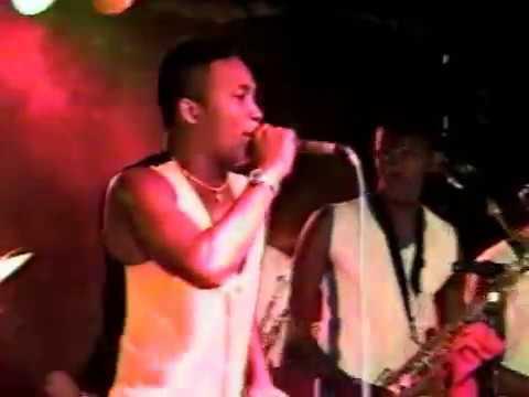 BANDA SWING MOLEQUE EM IAÇU - BA EM 1999.