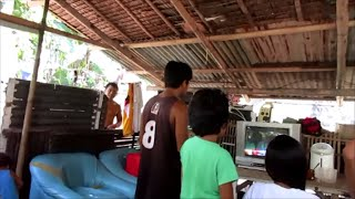 Living with the poor in a Squatter's Village in Iloilo City, Philippines  Video 1 of 4