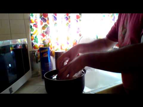 How To Defrost Chicken Fast Without Microwave