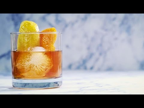 How to Make an Old Fashioned Cocktail | Cocktail Recipe