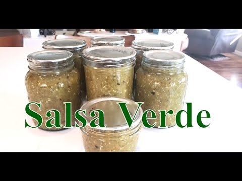 Fire Roasted Tomatillo Salsa Verde With Linda's Pantry