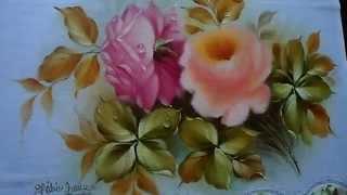 Pintando uma rosa super delicada