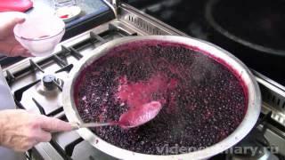 Смотреть онлайн Как сварить варенье из черной смородины