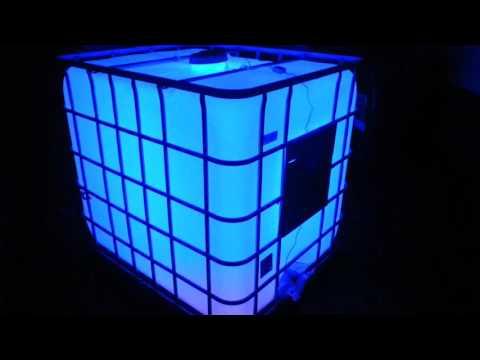Led-ibc.de beleuchteter Stehtisch