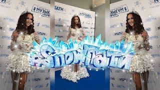 Бузова на «SnowПати-4» в кружевном боди с юбкой из цветов самая красивая из артистов