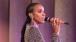 Kelly Rowland   When Love Takes Over (Live At Neiman Marcus 2019)