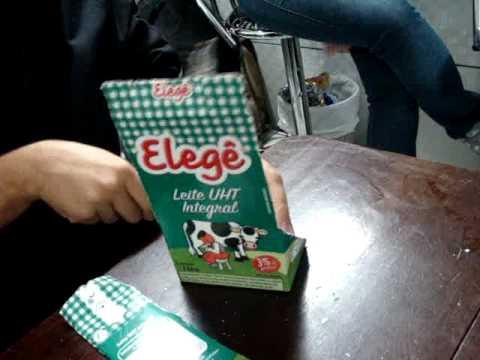 Carteira c/ caixa de leite