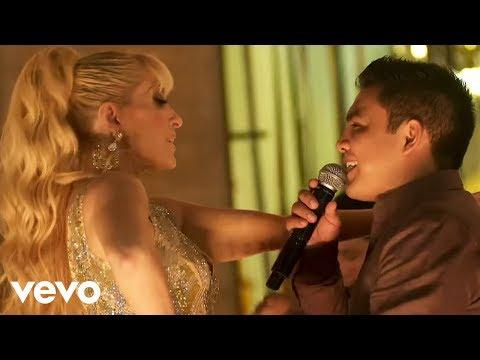 Los Ángeles Azules - Me Haces Falta Tú  ft.Yuri (De Plaza En Plaza)