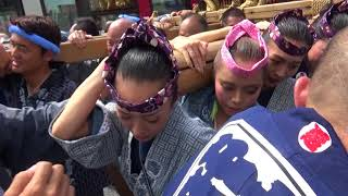 平成30年吉祥寺秋祭り宮神輿の宮出し