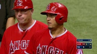 LAA@TB: Perez pads the Angels' lead with a single