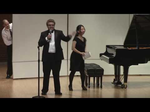 Pianista Viaja Por La Historia De La Música Con Su Piano