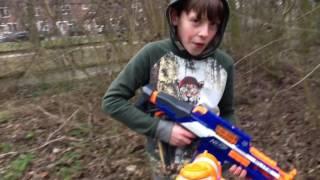 Atomic Warfare - #2 De Ontvoering | Nerf War