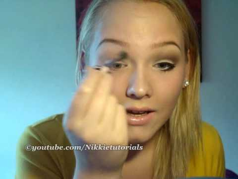 NikkieTutorials   Back to School with natural yet, sophisticated eyes!