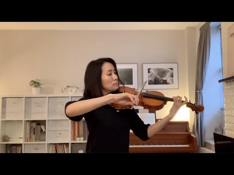Maya Shiraishi performs the Andante from Bach's Sonata No. 2 in A minor.
