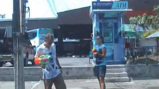 preview picture of video 'จันทบุรี สงกรานต์ 2553 .mp4'