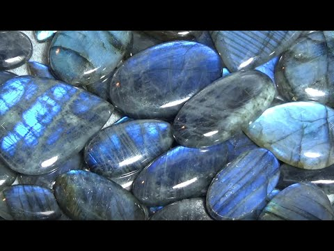 Place to buy gemstones, cabochons