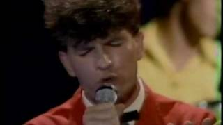 "Split Enz - I Hope I Never (""Fridays"")"