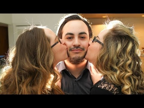 Twin Sisters Share Everything INCLUDING THEIR BOYFRIEND