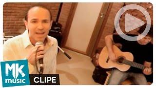 "Video thumbnail of ""Ele é Jesus - Alex Gonzaga (Clipe Oficial MK Music)"""