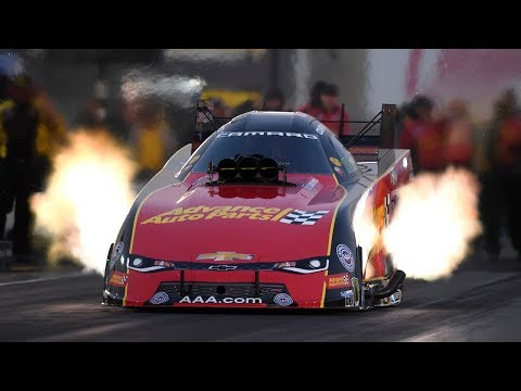 Courtney Force powers to the top in Friday qualifying