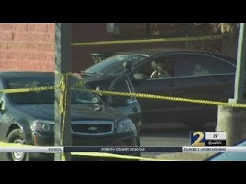 Waffle House robbery leads to deadly standoff