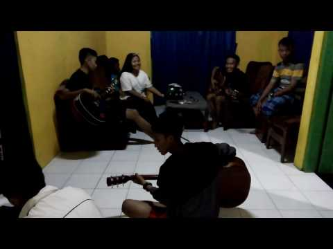 Evolution Band Edisi Akustik Cover Jamrud Selamat Ulang Tahun Mp3