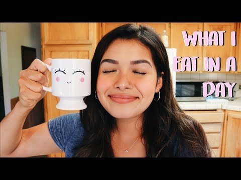 WHAT I EAT IN A DAY | Being Productive + Healthy Eating | ItsMandarin
