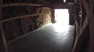 Betonboden einbauen mit anschließendem Glätten