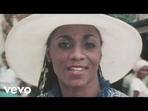 That's Boonoonoos Train To Skaville (Boney M. - Ein Sound geht um die Welt 12.12.1981) ...