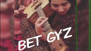Turkmen Talant 2018 Gitarist Gyz Dinlan Lezzet Alyn Mahribanlar