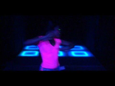 Whoop Whoop (DiceCream feat. The Partysquad, Reverse, Darryl & Sjaak)