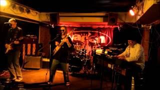 Video Na hnoji  live  , Vagon 26.3.2012