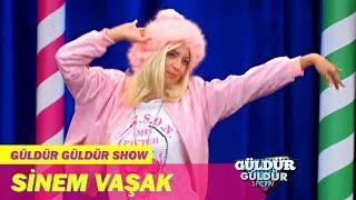 Güldür Güldür Show | Sinem Vaşak - 'Kızıcaz Sana Everybody'