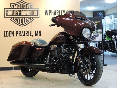 2018 Harley-Davidson® HD Touring FLHXS Street Glide® Special