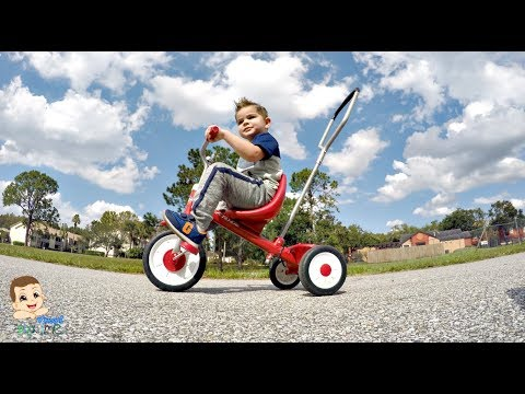 Radio Flyer Deluxe Tricycle For Toddlers & Kids Review