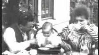 Завтрак младенца/Le Repas De Bébé