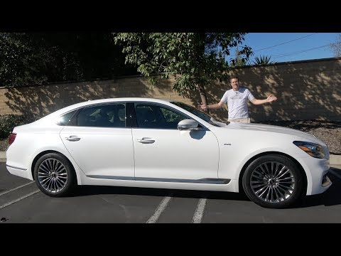 The 2019 Kia K900 Is the Unknown Luxury Sedan