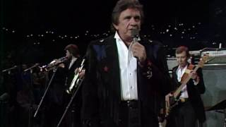 "Johnny Cash - ""Ring of Fire"" [Live from Austin, TX]"