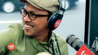 Noel Cabangon performs 'Araw Gabi' LIVE on Wish 107.5 Bus