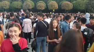 Откуда столько молодежи в Алматы?