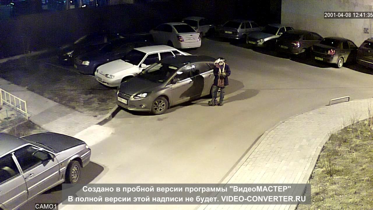 Автовор украл видеорегистратор в Воронеже