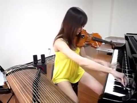 正妹一樂坊演奏...超厲害!