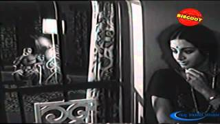 Sollathan Ninaikiren Tamil Full Movie  Classic Romance  Sivakumar Kamal Haasan  Upload 2016