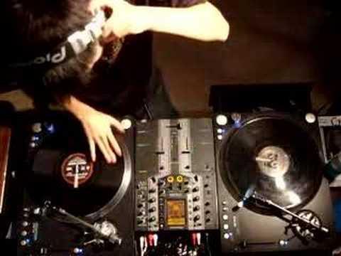 DJ Ravine Ten Minutes of Hardstyle