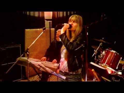 Ausschnitte aus unserem Programm – gefilmt während der Bandprobe am 17. Dezember 2013