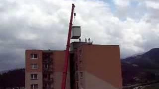 preview picture of video 'Stavba BTSky T-mobile v Banicnom (Ružomberok)'