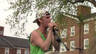 Aaron Carter singing Do You Remember
