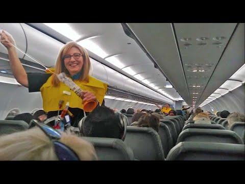 Nejvtipnější stevard na palubě letadla
