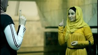 Советник министра обороны приняла ислам в метро